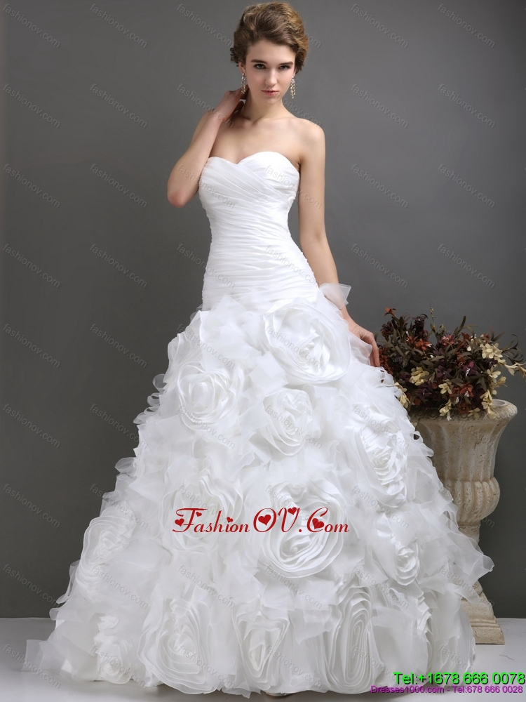 2015 Perfect Sweetheart Beach Wedding Dresses with Ruching and Rolling Flowers