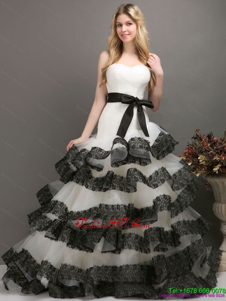 Sash and Lace Strapless 2015 Wedding Dresses in White and Black
