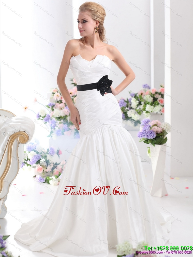 Classical Sweetheart 2015 Wedding Dress with Ruching and Sash