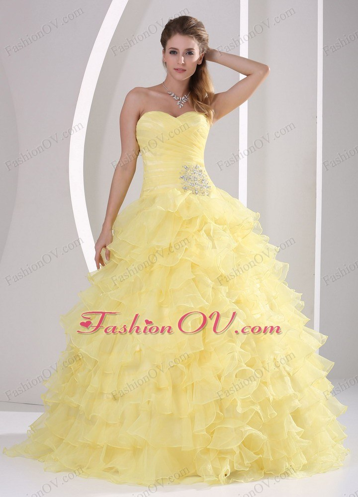 Light Yellow Quinceaners Gowns Ruffles Sweetheart Appliques Ruch