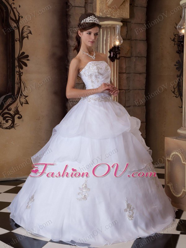 Strapless Appliques Satin Organza White Quinceanera Dress