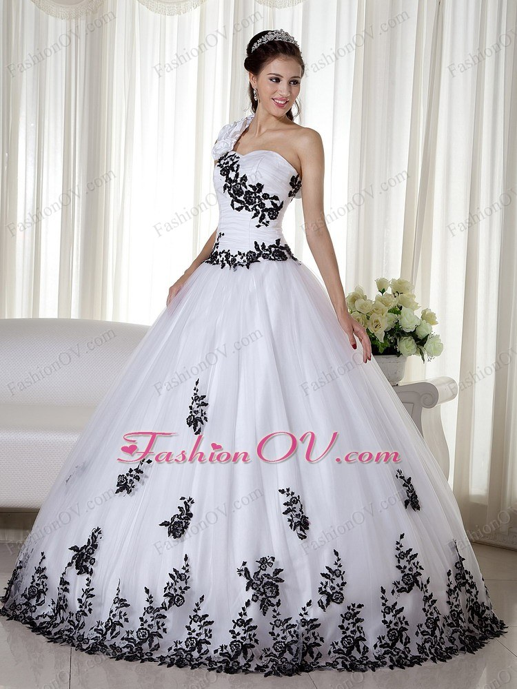 One Shoulder Embroidery Colorful Quinceanera Gown Dresses