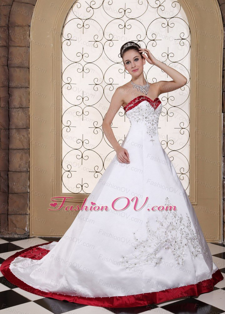 Wine Red Trimmed Bridal Dress Embroidery Satin Chapel Train