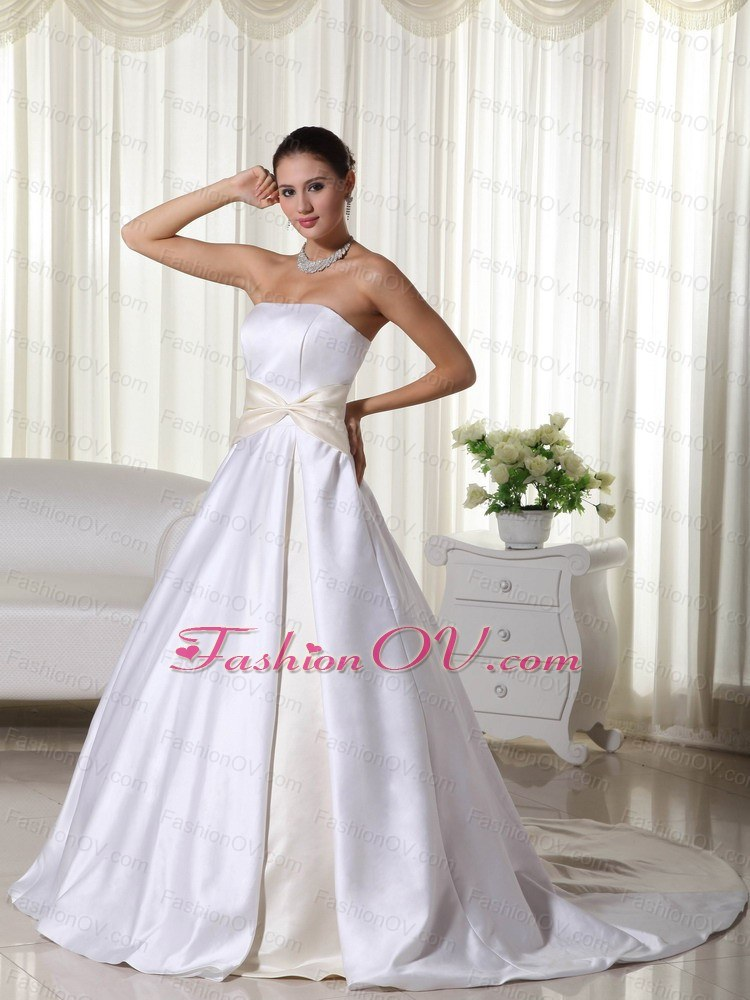 Colorful Ball Gown Strapless Court Train Wedding Dress