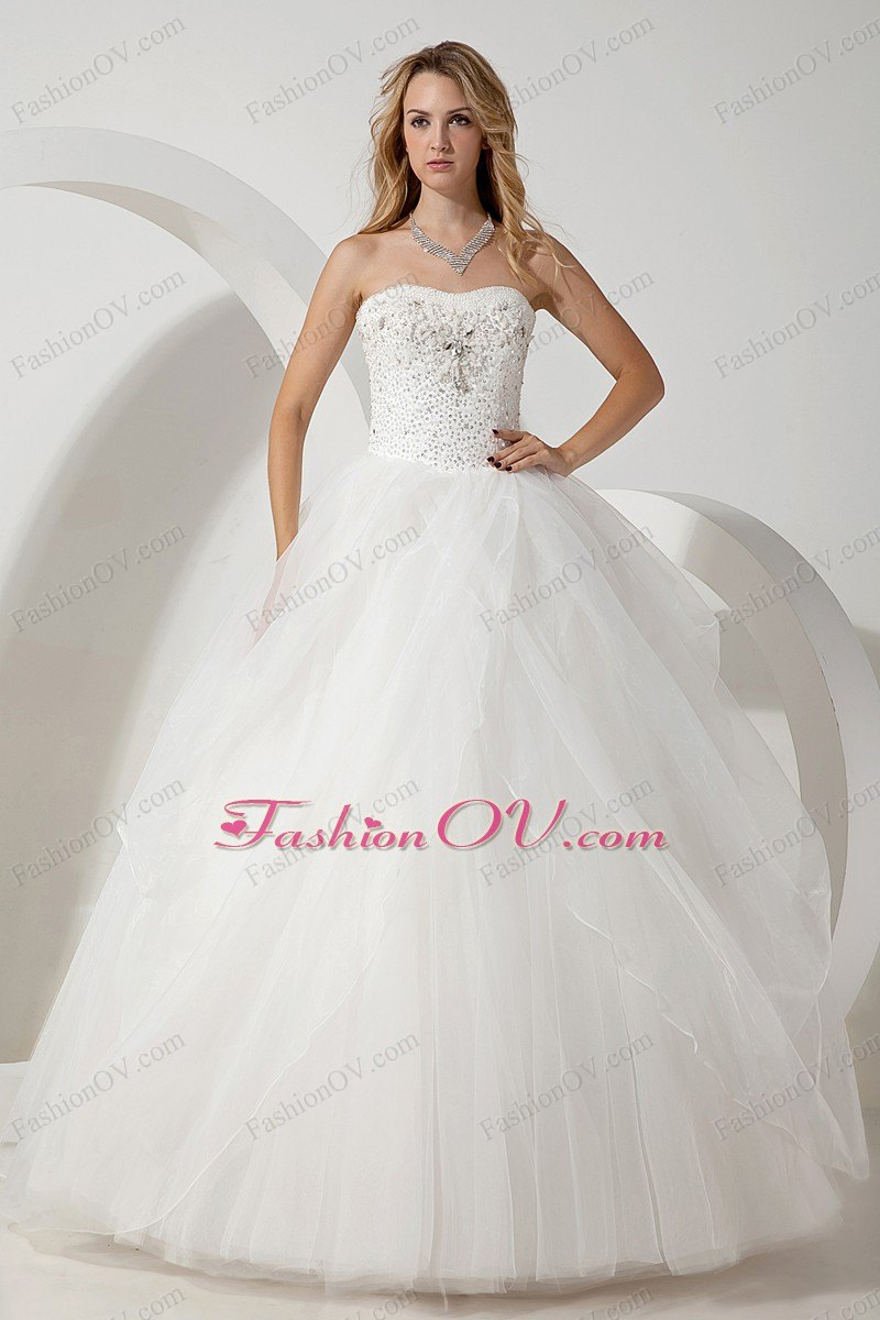 Ball Gown Beading Strapless Tulle wedding Dress