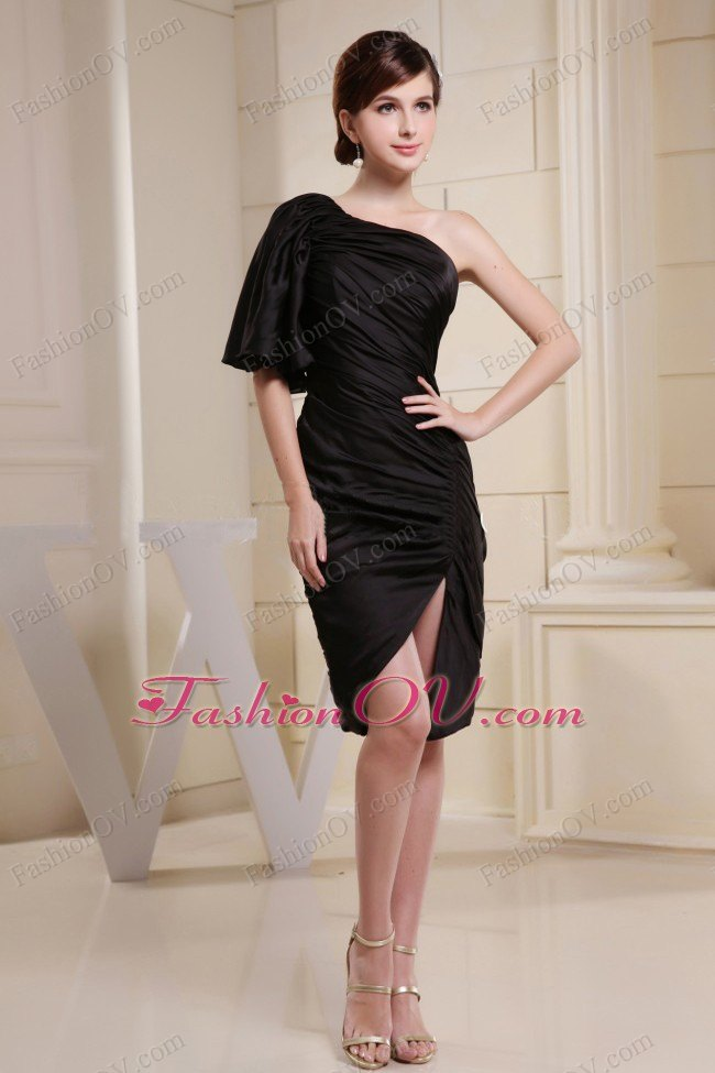 One Shoulder and Short Sleeve Prom Dress Black 2013