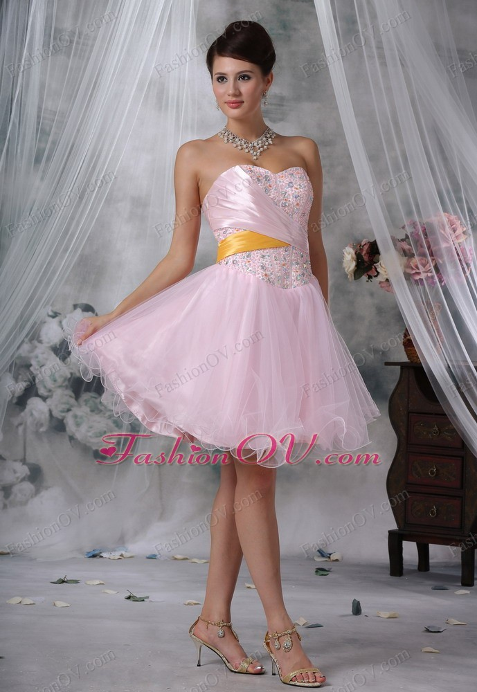 Lovely Beaded Baby Pink Mini-length Prom Cocktail Dress