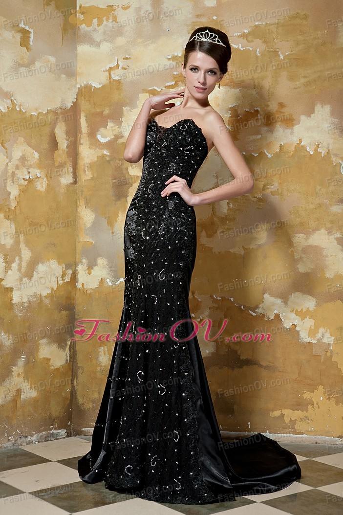 Mermaid Sweetheart Brush Train Black Evening Dress