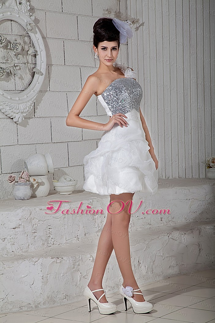 A-line One Shoulder Beading Nightclub/Graduation Dress