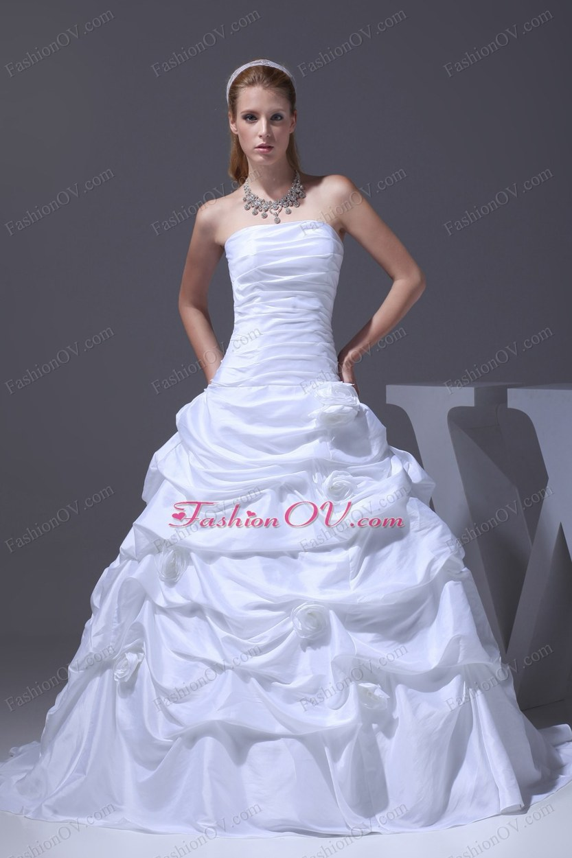 A-line Hand Made Flowers Pick-ups Strapless Wedding Dress