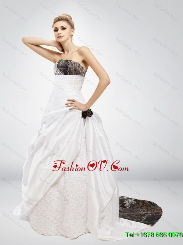 Fashionable Strapless Hand Made Flower Camo Wedding Dresses in Multi Color