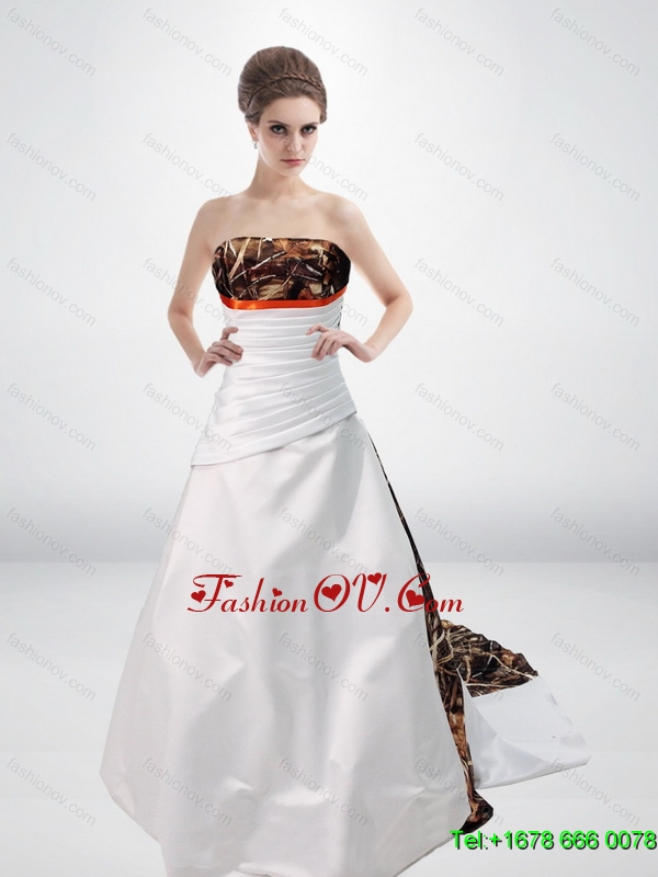 Simple Princess Strapless Camo Wedding Dresses with Court Train