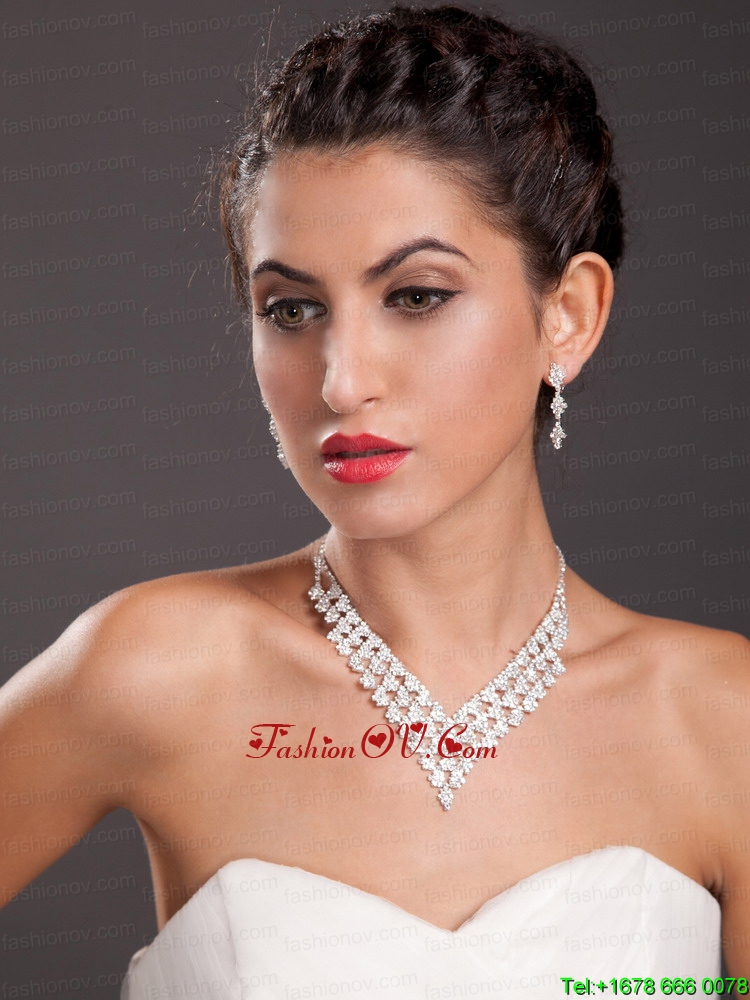 Ivory Imitation Pearl Two Pieces Ladies Necklace and Earrings Jewelry Set