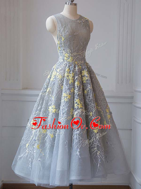 Grey Sleeveless Tea Length Lace and Appliques Criss Cross Prom Party Dress