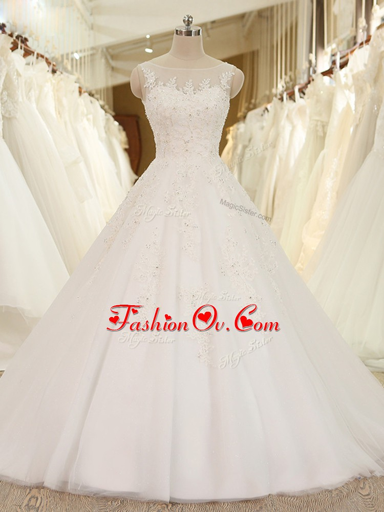 White Sleeveless Lace and Appliques Lace Up Wedding Dress
