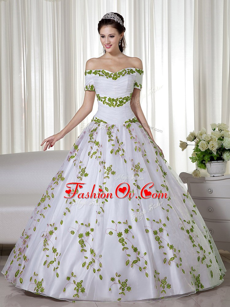 Floor Length Lace Up Quinceanera Gown White for Military Ball and Sweet 16 and Quinceanera with Embroidery