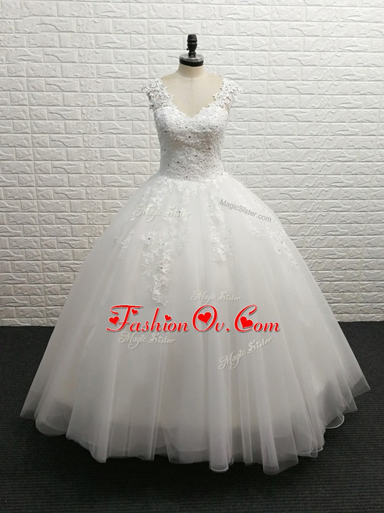 Artistic White Ball Gowns V-neck Sleeveless Tulle Brush Train Clasp Handle Lace Wedding Gowns