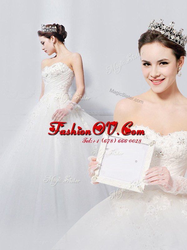 White Sleeveless With Train Beading and Appliques Lace Up Wedding Gowns