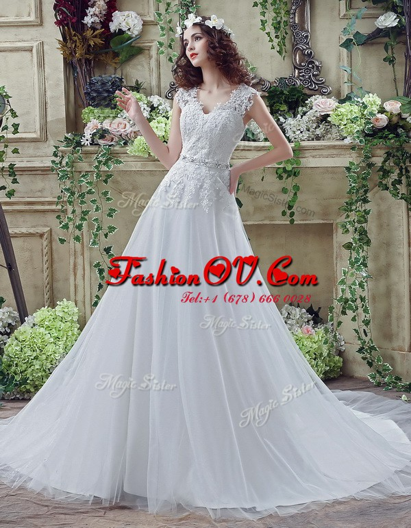 Lace White Wedding Gown V-neck Long Sleeves Court Train Clasp Handle