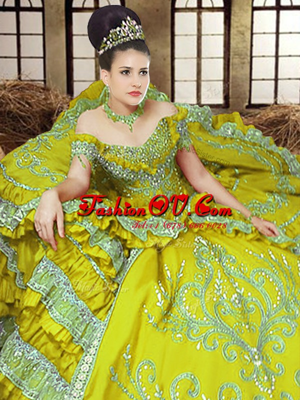 Dramatic Off The Shoulder Sleeveless Lace Up Ball Gown Prom Dress Light Yellow Satin