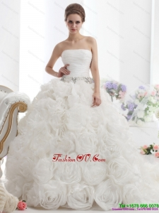 2015 Popular White Strapless Wedding Dresses with Rolling Flowers and Chapel Train
