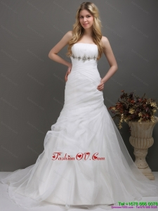 2015 Cheap Strapless Wedding Dress with Ruching and Paillette