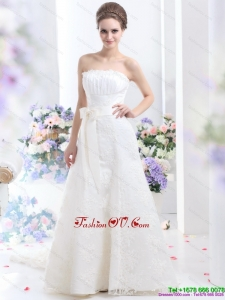 White Strapless Laced Wedding Dresses with Bowknot and Brush Train