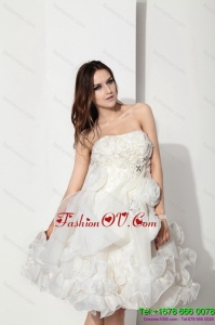 White Strapless Ruffled Short Beach Wedding Dresses with Hand Made Flower