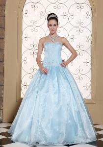 Elegant Light Blue Quinceanera Dress Corset Embroidery Beads