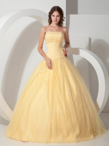 Dropped Waist Quinceanera Dress Light Yellow with Beading
