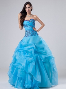 Appliques Beading Quinceanera Dress Sweetheart Organza Gown