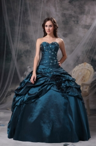 Peacock Green Sweetheart Taffeta Appliques Quinceanea Dress