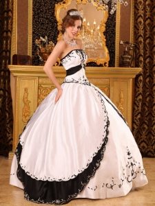 Ball Gown Strapless Embroidery Satin White and Black
