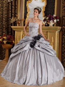 Gray Ball Gown Strapless Taffeta Appliques Quinceanera Dress