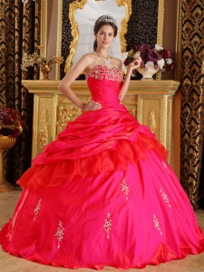 Ball Gown Sweetheart Taffeta Beading Quinceanera Dress