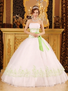 White Ball Gown Strapless Floor-length Organza Appliques