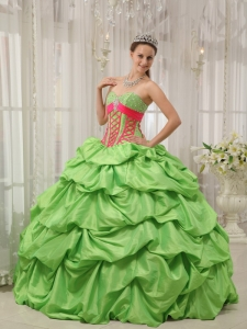 Sweetheart Beading Spring Green Pick-ups Quinceanera Dress