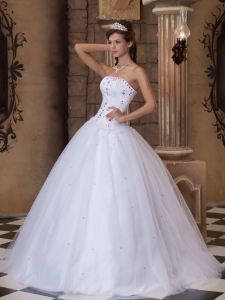 Embroidery Strapless White Quinceanera Dress Ball Gown