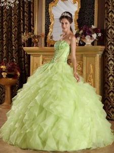 Embroidery Beading Yellow Green Quinceanera Dress Strapless