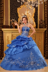 Strapless Organza Beading Quinceanera Dress with Embroidery