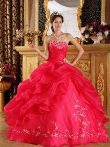 Coral Red Strapless Embroidery Organza Sweet 15 Dress