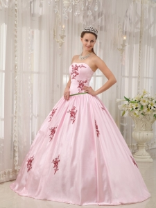 Pink Ball Gown Strapless Appliques Dress for Quinceanera