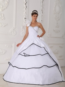 One Shoulder Neck Taffeta and Organza Beading Quinceanera Gown