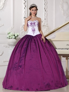 White and Purple Sweetheart Taffeta Embroidery Dress for Quinceanera
