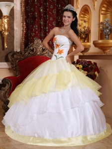 Light Yellow and White Organza Embroidery Sweet 16 Dress
