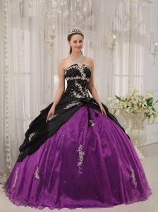 Black and Purple Beaded Apppliques Quinceanera Dress