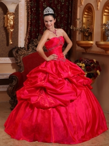 Red Ball Gown Taffeta Quinceanera Dress Beading Pick-ups
