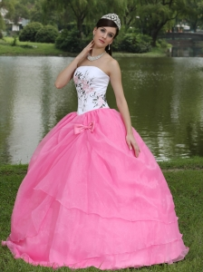 Embroidery Pink and White Sweet Sixteen Dress Bowknot