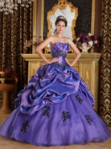 Appliques Purple Pick-ups Quinceanera Dress Ball Gown