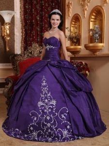 Sweetheart Embroidery Purple Quinceanera Dress Ball Gown